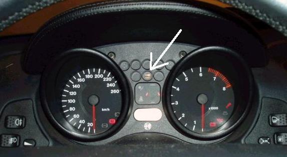 Example 2: Instrumentpanel of a Alfa Romeo GTV/Spider,